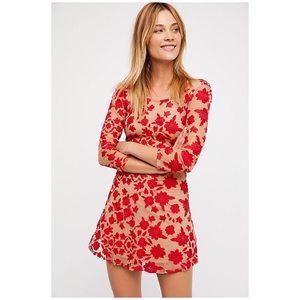 🥰 NEW WITH TAGS: FP TEMECULA bow back mini dress